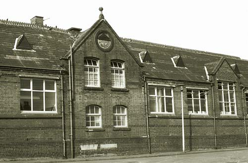 Smallthorne Middle School, Sparrow Street