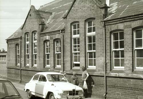 Smallthorne Infant School, Sparrow Street