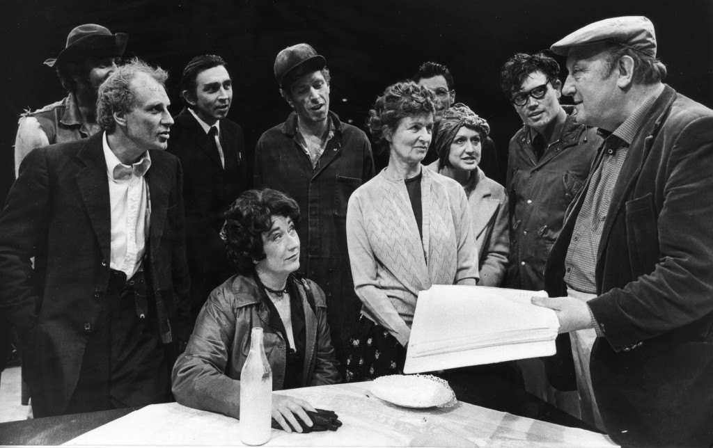 Arthur and Cast - St. GEORGE of SCOTIA RD 1986