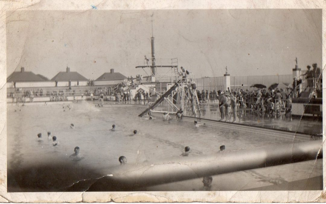 Smallthorne Open Air Swimming Pool